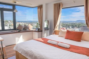 The Best Hotel In Dalat ( Reasonable Price, Beautiful Room, Convenient Location )
