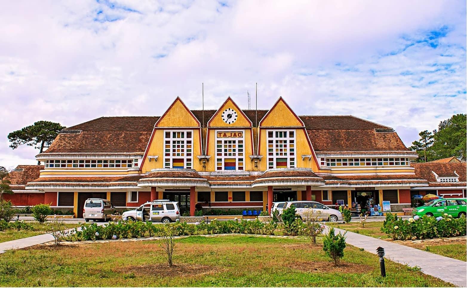 dalat old train station