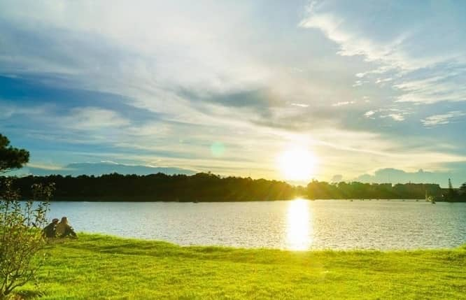 THE FIRST SUNSHINE AT XUAN HUONG LAKE
